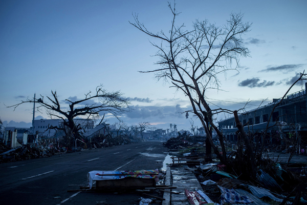 LEYTE, PHILIPPINES - NOVEMBER 14: (Photo by Chris McGrath/Getty Images)