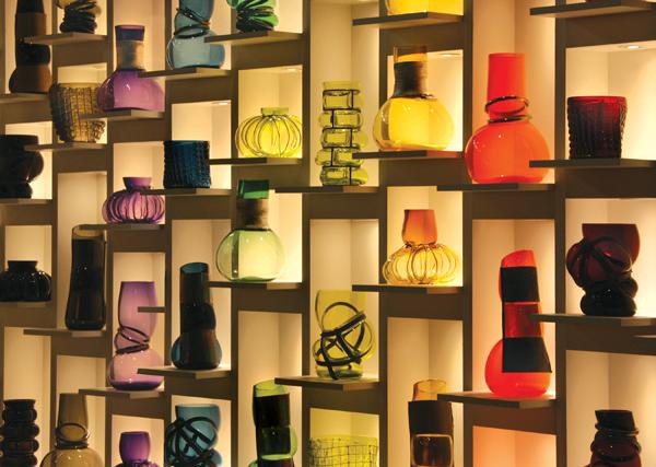 BIUX-wall-of-vasesweb