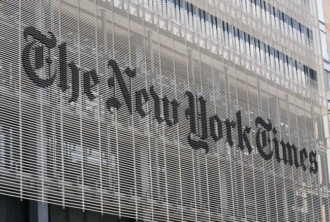 Michael-Bierut-NYTimes-Buidling-sign