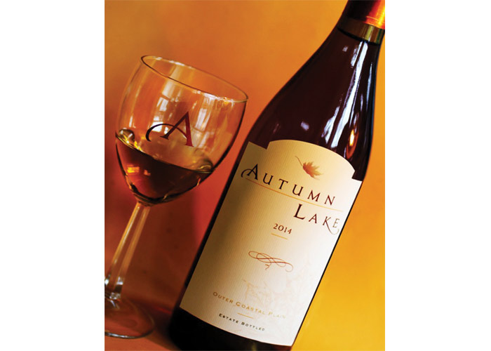 Autumn Lake Wine Label