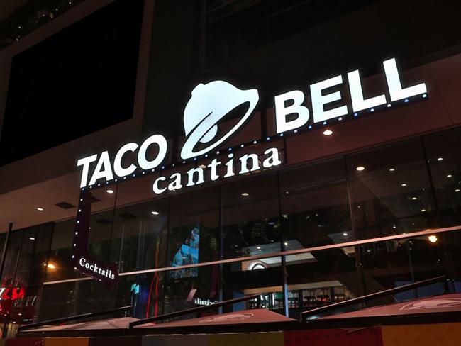 taco_bell_cantina_01