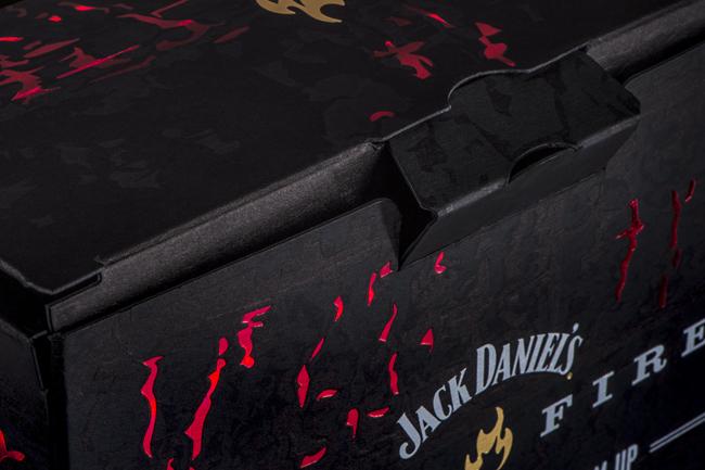 JACK-DANIELS_FIRE_03