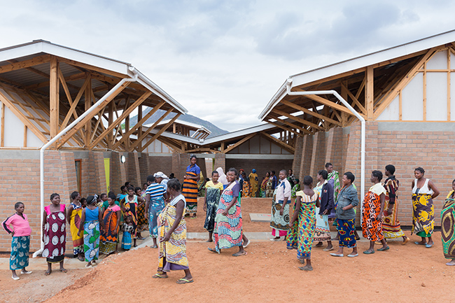 Maternity Waiting Village, designed to combat Malawiís high maternal and infant mortality rates by attracting more women and their attendants to come early to the District Hospital to seek medical care for their deliveries and improve their waiting experience (Kasungu, Malawi, 2015). Project Partners: University of North CarolinañMalawi, Malawi Ministry of Health, The Gates Foundation, The Autodesk Foundation, and Presidential Initiative for Safe Motherhood. Photo: Iwan Baan